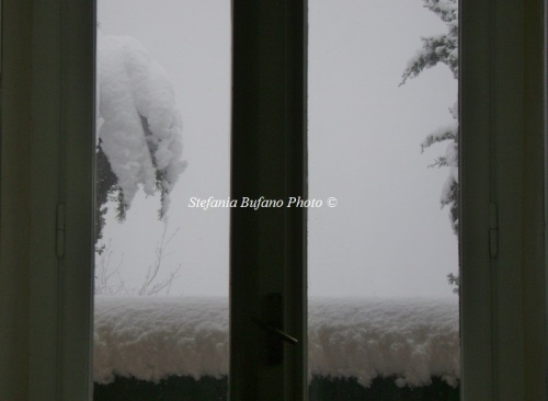 Snow at the window by Stefania Bufano 7